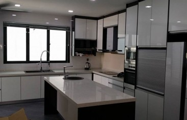 Kitchen-Cabinet-2
